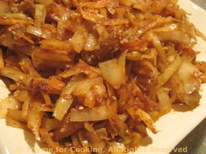 Stir-Fried Cabbage with Peanut Sauce